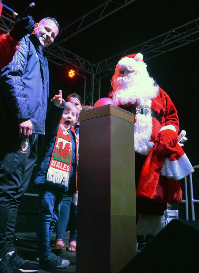 Ryan Giggs, Marley Nicholls and Santa. Picture: Chris Tinsley Photography