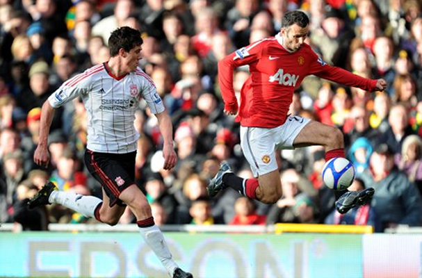 Manchester United - Ryan Giggs talks as he plays – with style and class