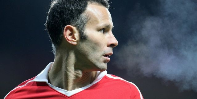 Giggs: We would never collapse like Liverpool