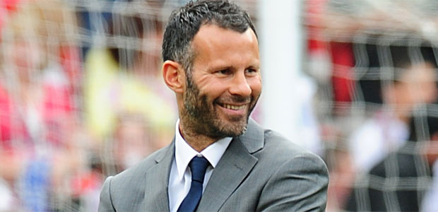 Ryan Giggs has suggested he would be willing to help Wales manager Gary Speed
